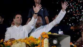 """इंदौर की गलियों में राहुल गांधी का रोड शो, """"हर-हर महादेव"""" की गूंज के बीच मांगे वोट"""