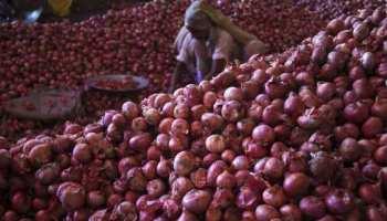 MP: मंडी में 50 पैसे/किलो प्याज तो 2 रुपये किलो बिका लहसुन, फसल फेंकने को मजबूर हुआ किसान