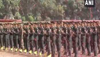 भारतीय सेना को मिले 347 नए जांबाज, हेलीकॉप्टर से की गई फूलों की बारिश