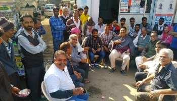 राजस्थान: मतदान के बाद सियासत छोड़ रिलैक्स मूड में नजर आए नेता जी