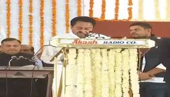 कमलनाथ ने मध्य प्रदेश के 18वें मुख्यमंत्री के रूप में ली शपथ, राहुल, मनमोहन भी मौजूद