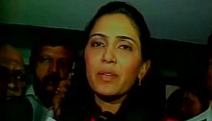 रेलमंत्री के बेटे से शादी का कन्नड़ एक्ट्रेस ने किया दावा, बोली- बहू के रूप में स्वीकार करे गौड़ा परिवार