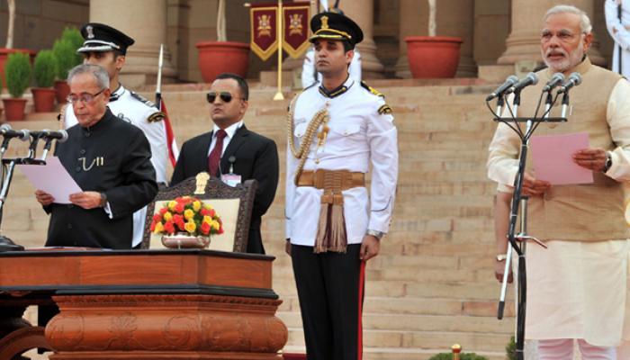 नरेंद्र दामोदर दास मोदी : सीएम से पीएम तक