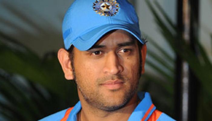 धोनी ने सबसे सफल वनडे कप्तान बनने के बाद टीम के साथियों को सराहा