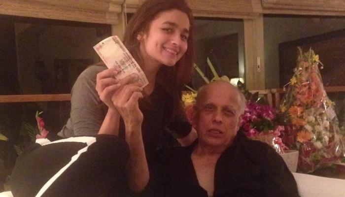 पांव का मसाज करने के लिए पापा से 1000 रुपए लेती हैं आलिया भट्ट