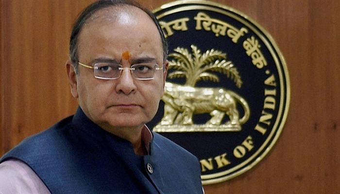 अरुण जेटली ने कालेधन की सूची में यूपीए सरकार के मंत्री के नाम होने का दिया संकेत