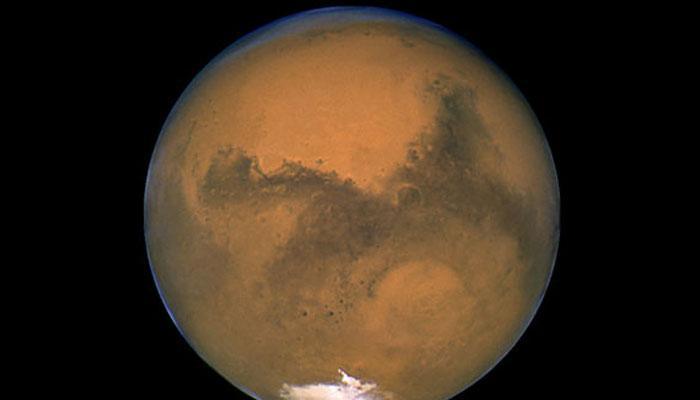 नासा के पूर्व कर्मचारी का दावा- 'मंगल पर 1979 में मानव को देखा'