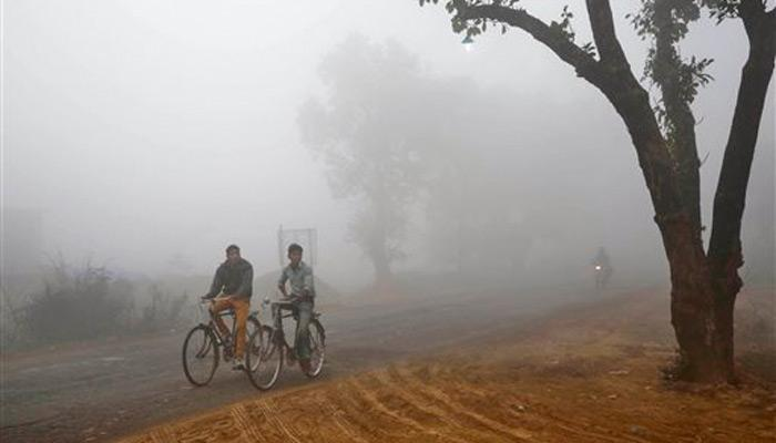 उत्तर भारत अब भी ठंडी हवाओं की चपेट में, बर्फबारी, बारिश जारी