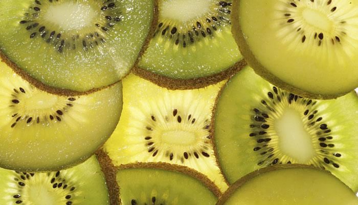 आपके सेहत के लिए कई खूबियों से भरपूर है कीवी फल