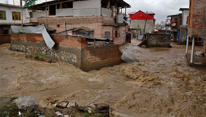 LIVE:  CM सईद ने बाढ़ की स्थिति से मुकाबले के लिए सेना से मदद को कहा, 10 लोगों की मौत