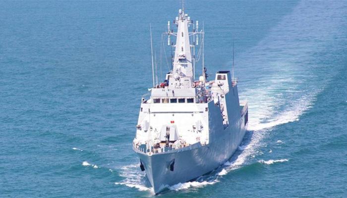 भारतीय नौसेना ने यमन में फंसे हुए 350 भारतीयों को सुरक्षित निकाला
