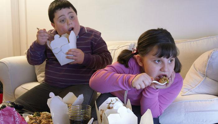 परोक्ष धूम्रपान से बच्चों में मोटापे का खतरा