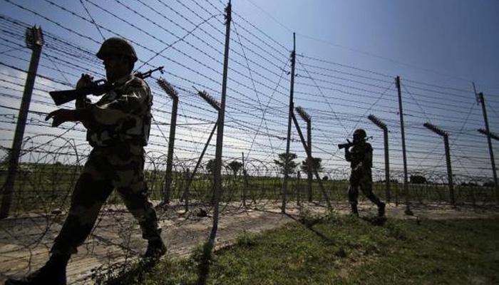 पाकिस्तान ने फिर किया सीजफायर का उल्लंघन, 12 चौकियों पर की गोलीबारी, दागे मोर्टार