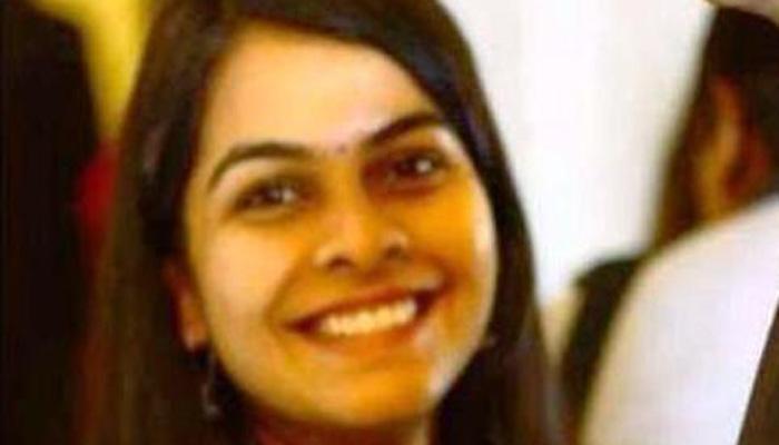 यौन उत्पीड़न की शिकार महिला आईएएस का फेसबुक पोस्ट, 'इस देश में कोई लड़की ना जन्म ले'