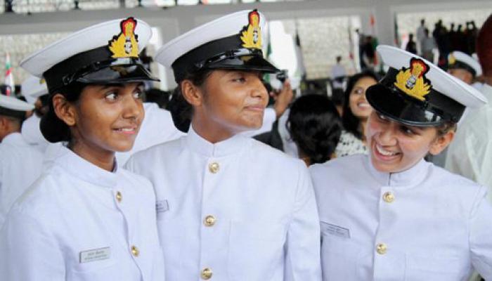 अदालत ने नौसेना में महिलाओं के लिए स्थायी कमीशन को अनुमति दी