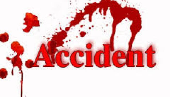 200 मीटर गहरे खड्डे में गिरी कार, 3 लोगों की मौत