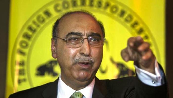 अंडरवर्ल्ड डॉन दाउद इब्राहिम पाकिस्तान में नहीं है: अब्दुल बासित