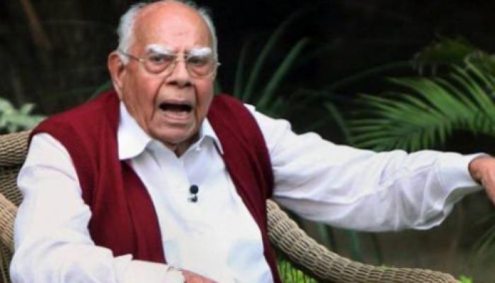 काले धन पर धोखेबाजी कर रहे हैं नरेंद्र मोदी: राम जेठमलानी