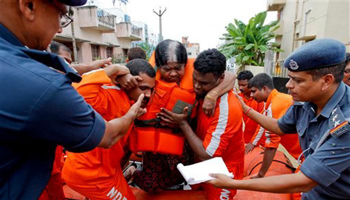 चेन्नई में बारिश ने तोड़ा 100 साल का रिकॉर्ड; PM ने की आपात बैठक, बुलाई गई सेना, जनजीवन ठप