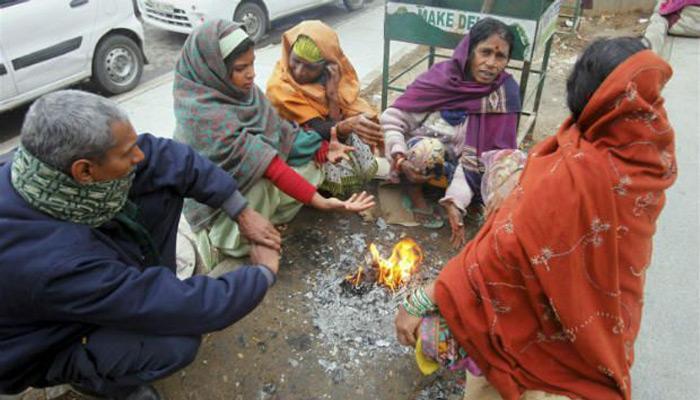 शीत लहर की चपेट में दिल्ली,  ठंड ने बढ़ाई लोगों की मुश्किलें