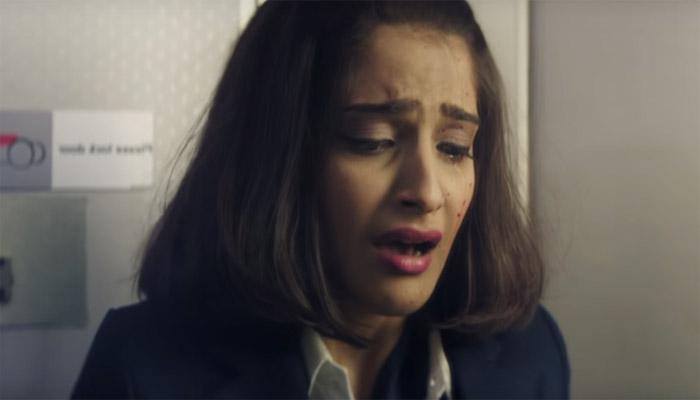 सोनम कपूर ने किया खुलासा, कहा फिल्म 'नीरजा' की शूटिंग के दौरान मैं तनाव में थी