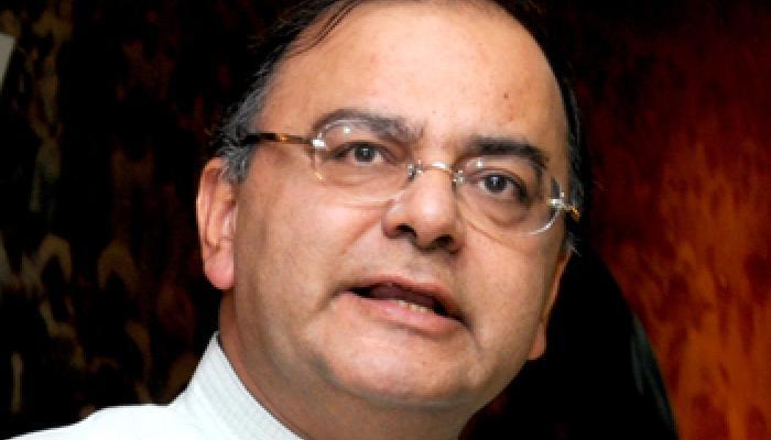 वित्त मंत्री अरुण जेटली बोले- मीडिया की 'कानफोड़ू' बहसें तथ्यों पर हो रहीं हैं हावी