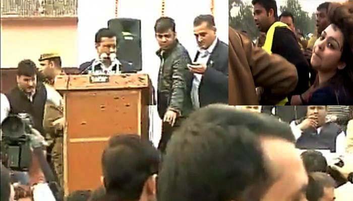 दिल्ली: सीएम केजरीवाल पर स्याही फेंकने वाली आरोपी महिला को पुलिस हिरासत में भेजा गया