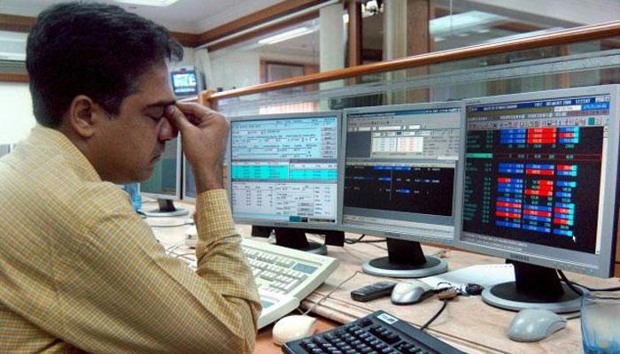 सेंसेक्स धड़ाम, 418 अंक गिरकर 20 महीने के न्यूनतम स्तर पर बंद हुआ बाजार