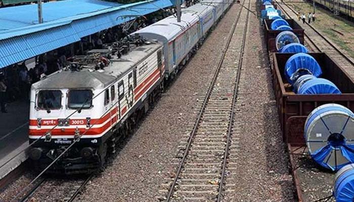 रेलवे की ट्रेनसेट परियोजना को झटका, बोलीदाताओं ने मांगा और वक्त