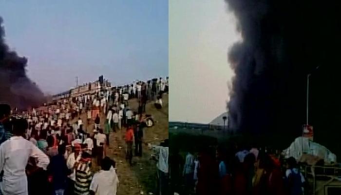 आंध्र प्रदेश: आरक्षण के लिए कापू समुदाय का प्रदर्शन हुआ हिंसक, ट्रेन में लगाई आग