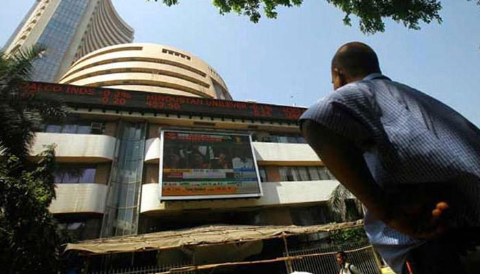 भारतीय शेयर बाजार में हाहाकार! सेंसेक्स 21 महीने के निचले स्तर पर