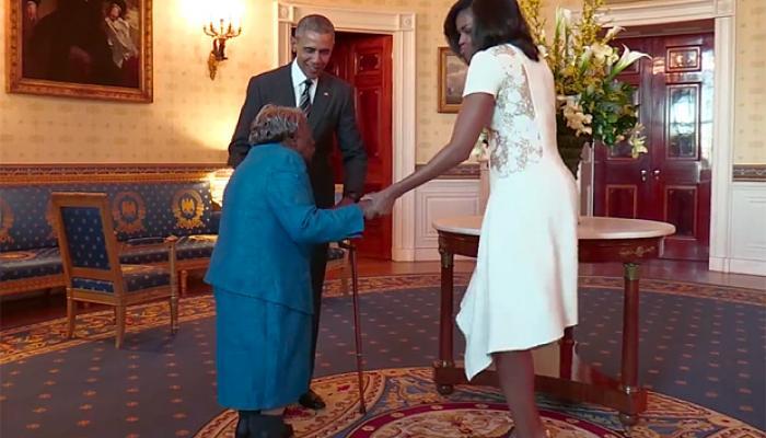 बराक ओबामा से मिलने का सपना हुआ सच तो खुशी से नाच उठी 106 साल की महिला, VIDEO हुआ वायरल