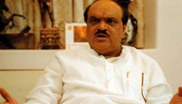 भुजबल की गिरफ्तारी को लेकर हंगामा, महाराष्ट्र विधानसभा की बैठक बाधित