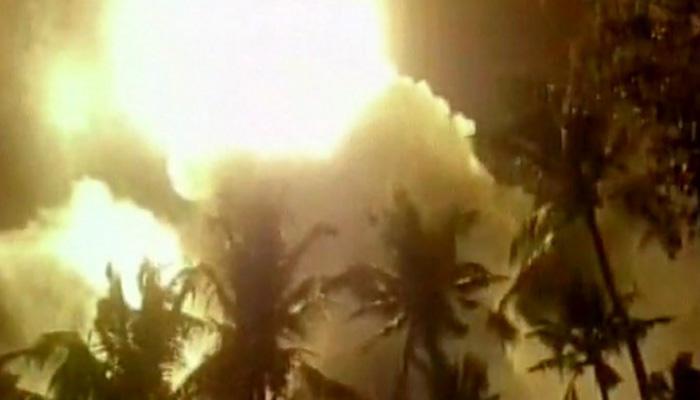 केरल मंदिर आग पर सीएम चांडी ने कहा, 'हालात खतरनाक'