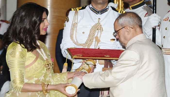 रजनीकांत के साथ पद्म सम्मान मिलने पर प्रियंका चोपड़ा ने जताई खुशी