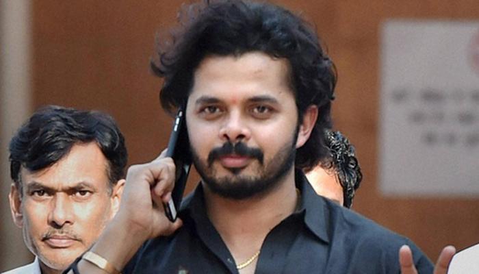 केरल: क्रिकेटर एस श्रीसंत ने दाखिल किया नामांकन