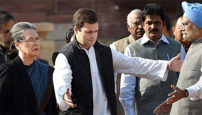 VVIP चॉपर घोटाला: सोनिया, राहुल की अगुवाई में कांग्रेस की 'लोकतंत्र बचाओ' रैली आज