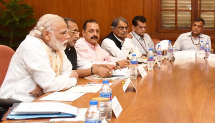 सूखा संकट पर PM मोदी गंभीर, समीक्षा बैठक में मुख्यमंत्रियों से मिले