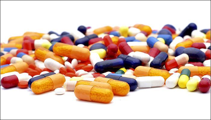 सरकार ने 54 दवाओं के दाम की सीमा तय की