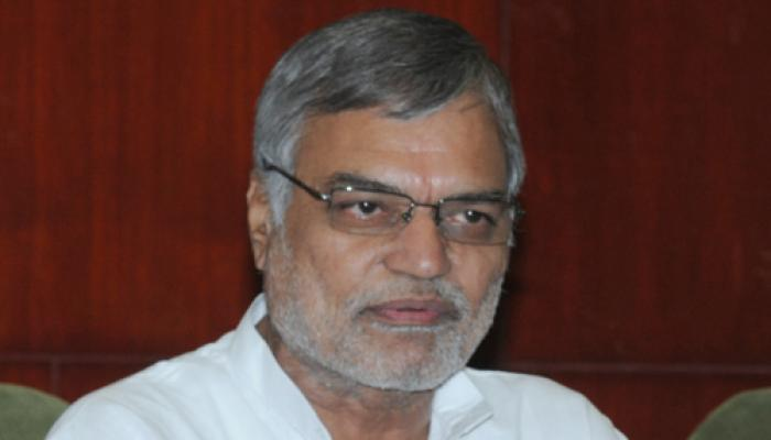 सत्ता संभालने के दो साल बाद भी 'चुनावी मोड' में हैं मोदी : सीपी जोशी