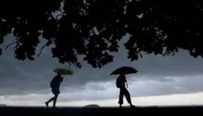 उत्तराखंड में भारी बारिश की चेतावनी के मद्देनजर सतर्कता बरतने के निर्देश