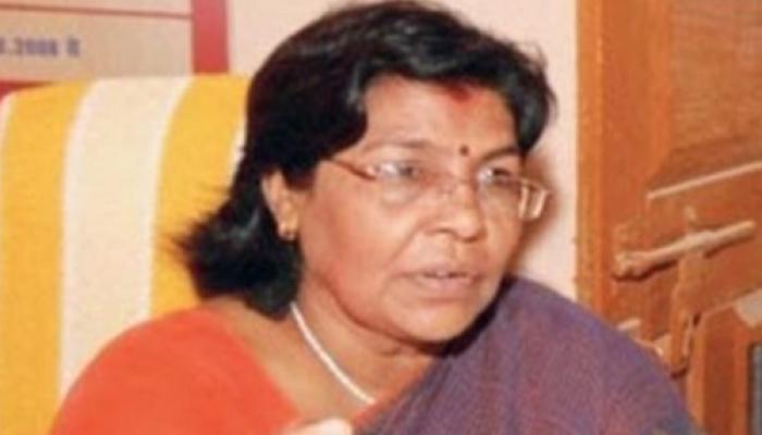 बिहार के टॉपर घोटाले की आरोपी उषा सिन्हा जेडीयू से बाहर