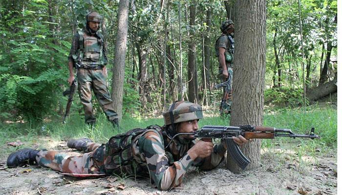 जम्मू-कश्मीर : सुरक्षाबलों ने सोपोर में 2 आतंकियों को मार गिराया