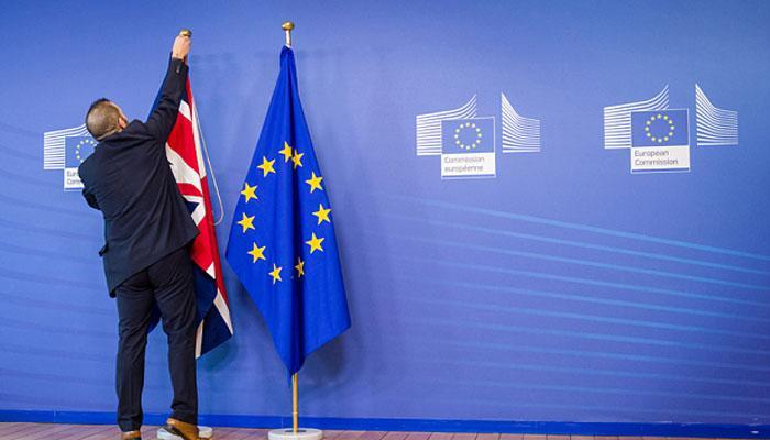 ब्रेक्जिटः ब्रिटेन में फिर से उठी जनमत संग्रह की मांग, 12 लाख लोगों ने किए हस्ताक्षर