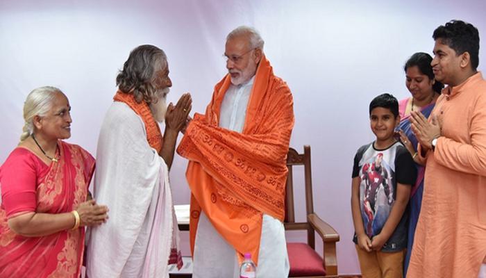 स्वच्छ भारत अभियान के लिए रिटायर्ड शिक्षक ने डोनेट की अपनी पेंशन, पीएम मोदी भी हुए मुरीद