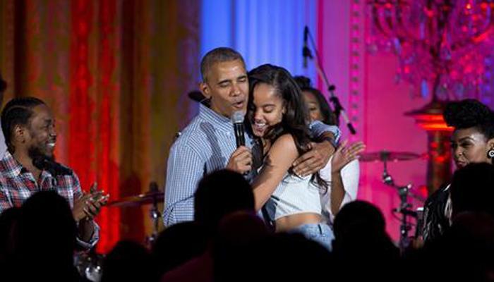 ओबामा ने अमेरिकी सेना, बेटी के 18वें जन्मदिन का मनाया जश्न