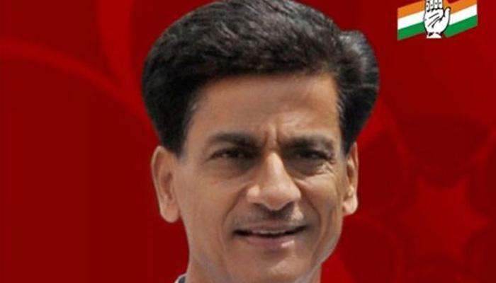 यूपी चुनाव से पहले कांग्रेस को झटका, प्रदेश अध्यक्ष निर्मल खत्री ने दिया इस्तीफा