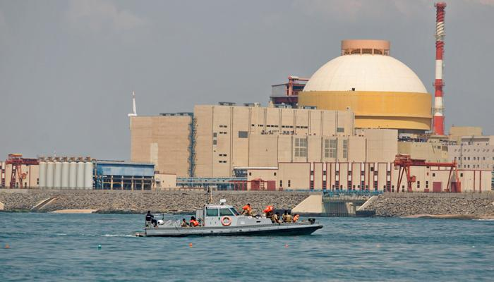 भारत के परमाणु प्लांट में कहीं खुशी तो कहीं चिंता