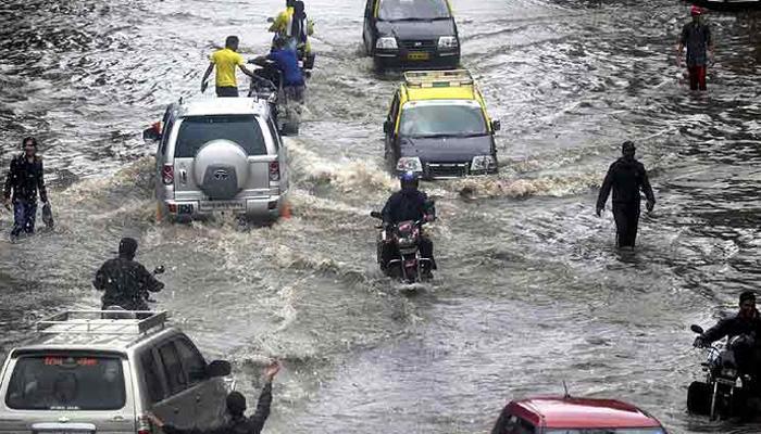 उत्तर प्रदेश में बारिश से कहीं राहत,कहीं आफत