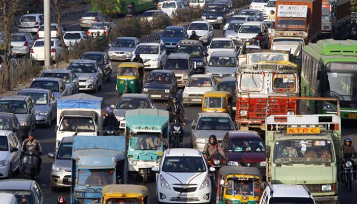 प्रदूषण को लेकर NGT सख्त, दिल्ली में 10 साल पुरानी डीजल गाड़ियों का रजिस्ट्रेशन रद्द करने का आदेश